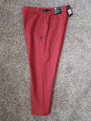 Nike Sportswear Tech Fleece Cropped Men's Pants Dark CayenneBlack 832120-674 2XL for Sale in North Las Vegas, NV