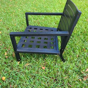 "Chair ""Patio Extra Large Composite Wooden Single Chair"" from West Elm for Sale in Orlando, FL"