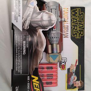 Star Wars NERF The Mandalorian Rocket Gauntlet Dart-Launching ToyGun NEW for Sale in Buena Park, CA