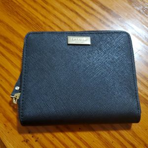 Small Wallet Kate Spade for Sale in Silver Spring, MD
