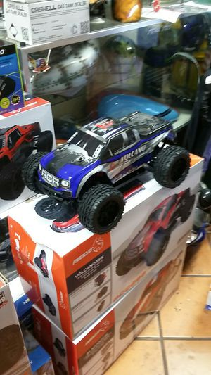 Redcat Racing volcano epx RC Monster Truck for Sale in Los Angeles, CA