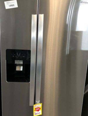 Whirlpool refrigerator P2 for Sale in El Paso, TX
