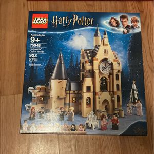 LEGO HARRY POTTER HOGWARTS CLOCK TOWER for Sale in Haverhill, MA