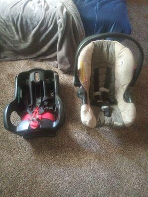 Graco car seat for Sale in Oakdale, CA