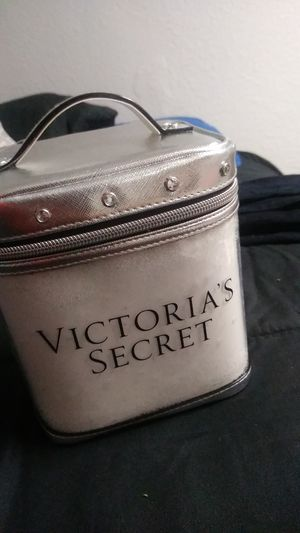 VS makeup bag for Sale in Dallas, TX