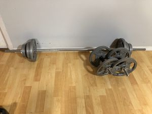 Barbell and dumbbell set - 93 LBS for Sale in The Bronx, NY