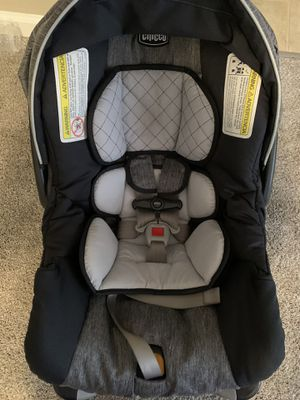 Chicco Bravo Car seat and Stroller System for Sale in Chesapeake, VA