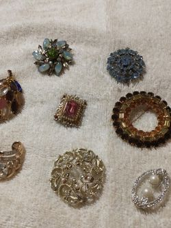 $3. Brooches for Sale in Houston,  TX