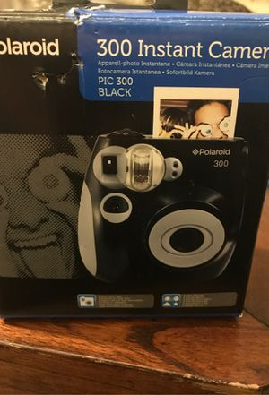Polaroid 300 Instant Camera for Sale in Cleveland, OH
