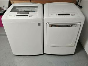 LG Washer And Dryer Set for Sale in Austin, TX