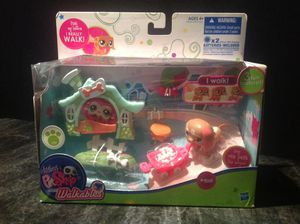 Littlest Pet Shop Walkables Dachshund Playset # 2163 Brand New Boxed Collectible for Sale for sale  Tarpon Springs, FL