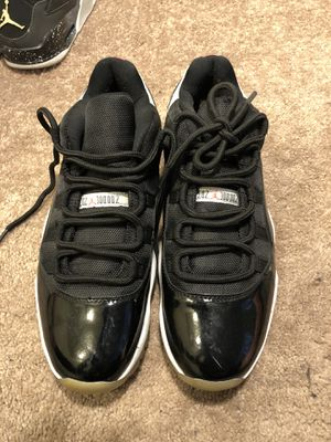 Jordan 11 Retro Low Infrared (size 12) for Sale in Los Angeles, CA