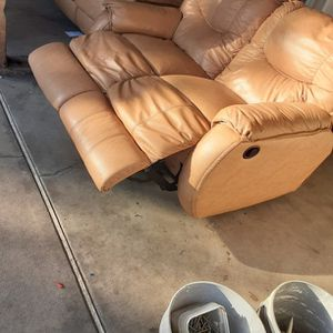 Free Sofas for Sale in Commerce, CA
