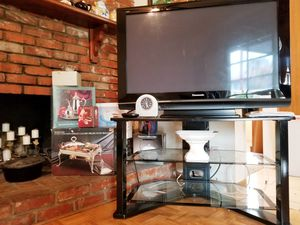 TV STAND for Sale in Covina, CA