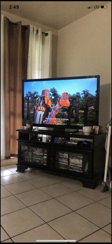 """44"""" TV and Stand for Sale in Sarasota, FL"""