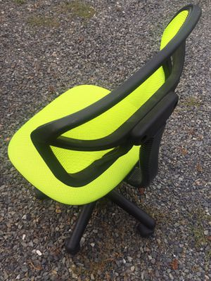 Desk Chair for Sale in Lynnwood, WA