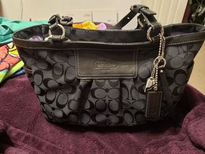 New Coach Signature Gallery Tote F12739. Black Canvas for Sale in Rockville, MD