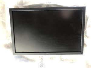 Dell UltraSharp U2410 24-inch Widescreen LCD High Performance Monitor with HDMI, DVI, DisplayPort and HDCP for Sale in San Jose, CA
