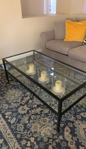 Pottery Barn Tanner coffee table for Sale in Palm Desert, CA