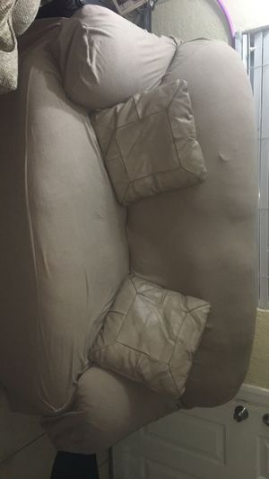Couch + couch cover for Sale in Hialeah, FL