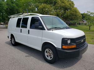 2005 Chevy Express 1500 Cargo Van for Sale in Orlando, FL