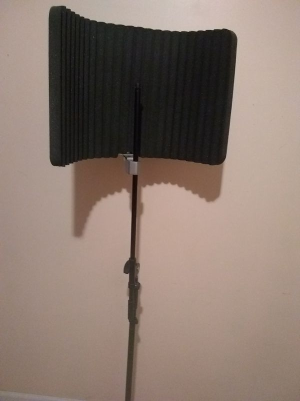 Sterling VMS Vocal Microphone Shield + Mic Stand