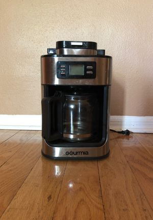 Gourmia coffee maker with built-in grinder for Sale in Tampa, FL