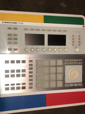 Used Native Instruments Maschine Studio MIDI Controller for Sale in South Gate, CA