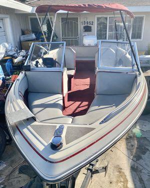 18ft boat runs good for Sale in Garden Grove, CA