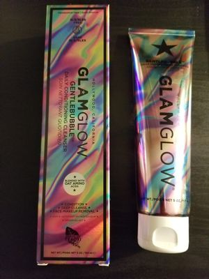 glamglow gentlebubble daily conditioning cleanser for Sale in Bellevue, WA