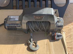 Winch 9.5 warn will trade for bow flex M5 for Sale in Carol City, FL