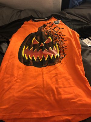 Boys Glow in the Dark Halloween T-Shirt for Sale in Milpitas, CA
