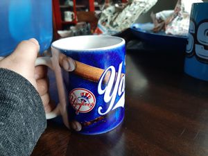 New York Yankee Mugs [2 different mugs] for Sale in Pine Ridge, FL