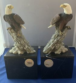 Set of Eagle Marble Book Ends On Mossy Rock Crystal Cathedral Eagles Club 2004 Pair of Bookends for Sale in Fort Lauderdale,  FL