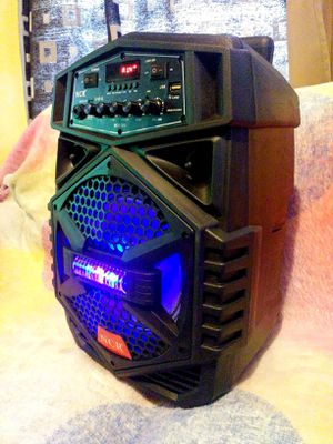 "Speaker 4800W Woofer 8"" bluetooth karaoke inalámbrico recargable **Delivery gratis 10 millas max** for Sale in East Los Angeles, CA"