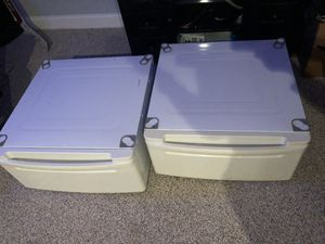 Washer dryer stand/drawers never used for Sale in Columbia, MD