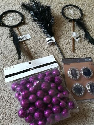 Assorted Holiday Halloween Picks and Decorative Items Lot for Sale in Sunnyvale, CA