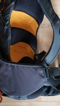 CAMELBAK BACKPACK Hydration pack Charcoal (water Bladder Missing Never Used BRAND NEW) for Sale in Tacoma,  WA