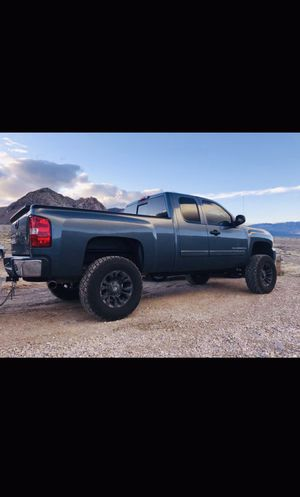 Lifted truck .....Chevy Silverado for Sale in Henderson, NV