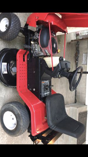 Like New Lawn Machine Riding Mower for Sale in Evansville, IN