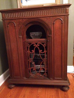 Antique radio cabinet for Sale in Cranford, NJ