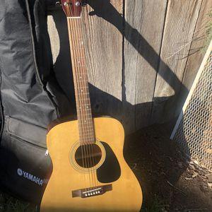 Yamaha Eterna EF 31 Guitar And Gig Bag for Sale in San Ramon, CA