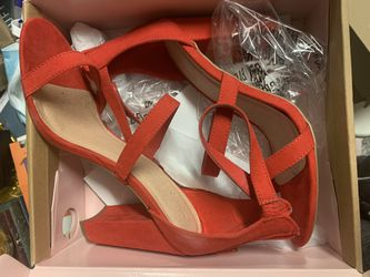 Red Size 11 Heels for Sale in Moreno Valley,  CA