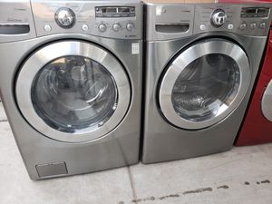 LG steam washer and dryer electric for Sale in Phoenix, AZ
