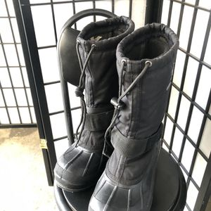 Men's insulated snow boots by Kamik for Sale in Baldwin Park, CA