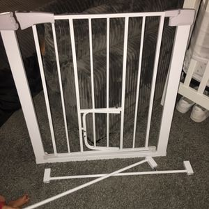 Baby Gate ( White Metal) for Sale in Cleveland, OH