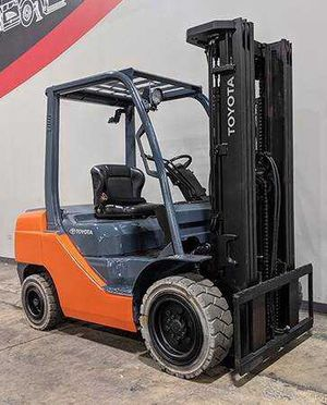 Toyota 2015 forklift for Sale in Chattanooga, TN