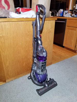 Dyson Ball Animal DC25 High Suction Vacuum Cleaner for Sale in Olympia, WA