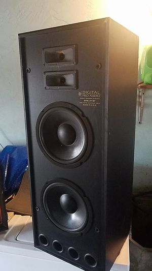 Digital Pro Audio home stereo speakers for Sale in San Diego, CA