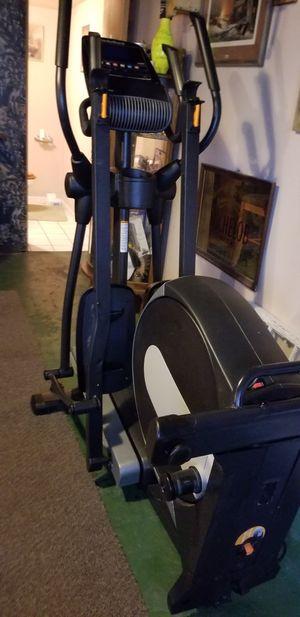 NordicTrack E 7.5 elliptical for Sale in Covington, IN